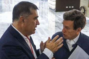 """Carlos Larraín pide cancelar Consejo RN """"convocado para ratificar con muy poco decoro un resultado que ya se conoce"""""""