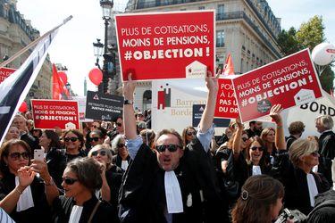 Macron enfrenta una nueva batalla en Francia:  la reforma a las pensiones
