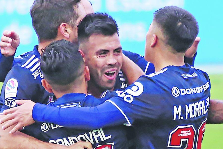 Gonzalo Espinoza celebra su gol frente a O'Higgins, el pasado 15 de julio. FOTO: Agencia Uno.