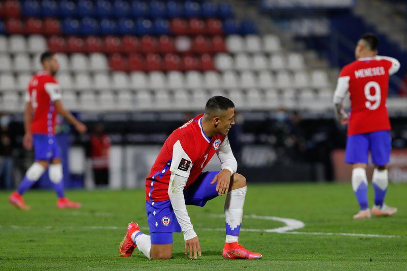 La impotencia de Alexis Sánchez ante la falta de efectividad de la Roja (