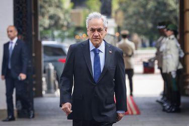 Criteria: Presidente Piñera no capitaliza positiva evaluación de proceso de vacunas y marca 14 % de aprobación