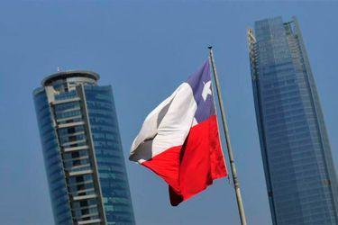 Ocde anticipa que PIB de Chile caerá 6% en 2020 y que actividad recuperaría niveles previos a la pandemia a finales de 2022