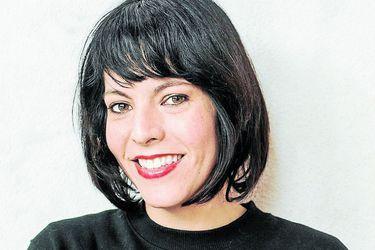 De Maldita Jefa a la ficción histórica: el nuevo libro de Daniela Viviani