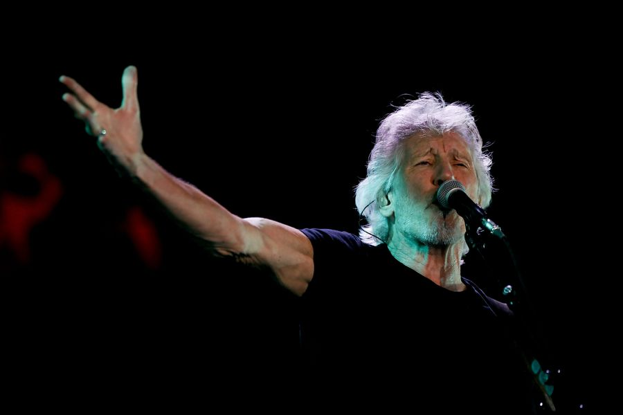 Roger Waters se presenta en el Estadio Nacional