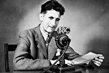 Fact Checking: ¿La novela 1984 de George Orwell predijo el coronavirus? ¿Prueba PCR puede provocar pérdida de líquido cerebral?