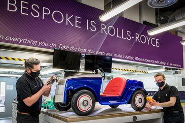 Rolls-Royce le realizó mantención al auto eléctrico que transporta niños en un hospital