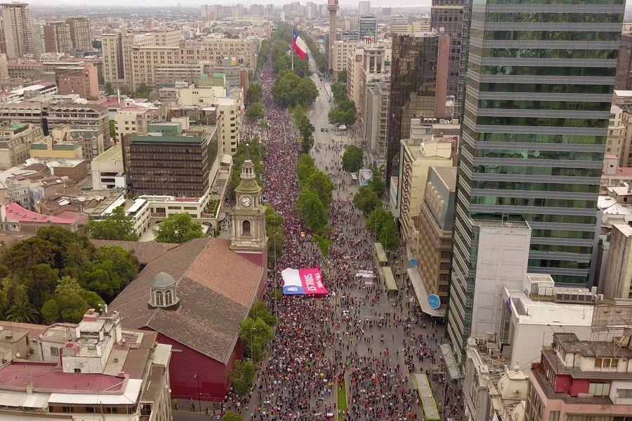 LLamado a Gran Marcha de Chile