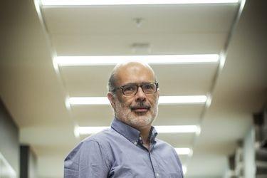 """Rodrigo Valdés, exministro de Hacienda: """"La profundidad de esta crisis hará necesario que se adopten nuevas medidas"""""""