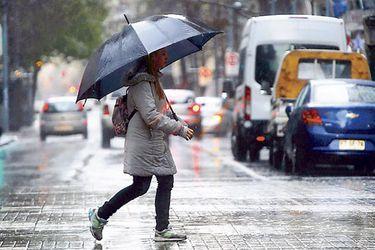 Pese a últimas lluvias, 2020 sigue siendo el segundo año más seco en 20 años en la Región Metropolitana y expertos pronostican una primavera seca