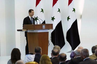Presidente sirio Bashar Assad presta juramento para un cuarto mandato
