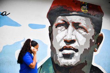 Muere general aliado de Hugo Chávez que lo ayudó a volver al poder tras golpe pero que se convirtió en su enemigo
