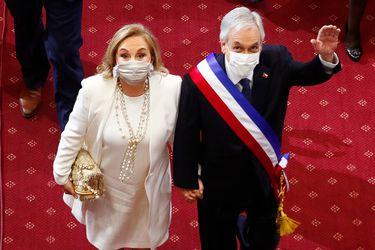 Fin a leyes discriminadoras e iniciativas sobre violencia y pensiones de alimentos: las alusiones que hizo Piñera a las mujeres en su discurso