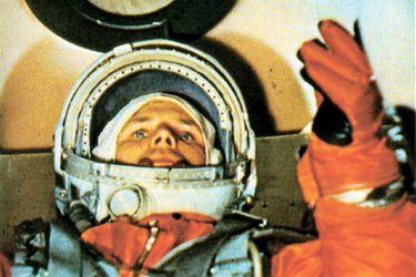 """""""No veo a Dios aquí arriba"""" y las teorías conspirativas tras la muerte de Yuri Gagarin que incluyen a la KGB: se cumplen 60 años del primer vuelo al espacio"""