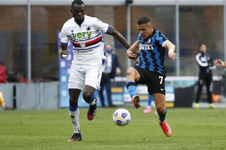 Alexis Sánchez fue destacado por la prensa italiana tras su doblete en el triunfo 5-1 del Inter sobre Sampdoria.