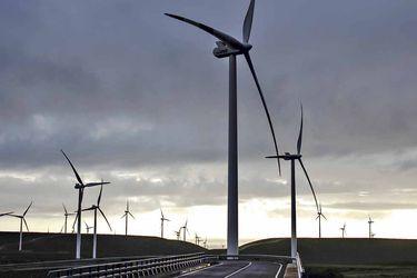Inversión en energías renovables llega a récord en el primer semestre, pero es insuficiente para frenar las crecientes emisiones de carbono