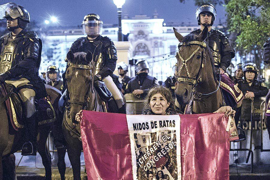 Peru-_Political_Turmoil_80789.jpg-80e65