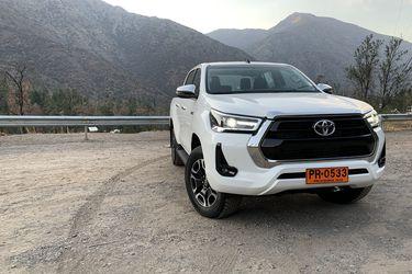 Toyota Hilux: a lo de siempre ahora le pone más corazón...