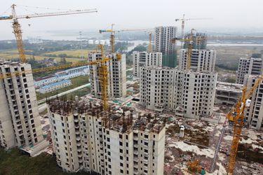 Consorcio chino Evergrande dice que reanudó 10 proyectos paralizados