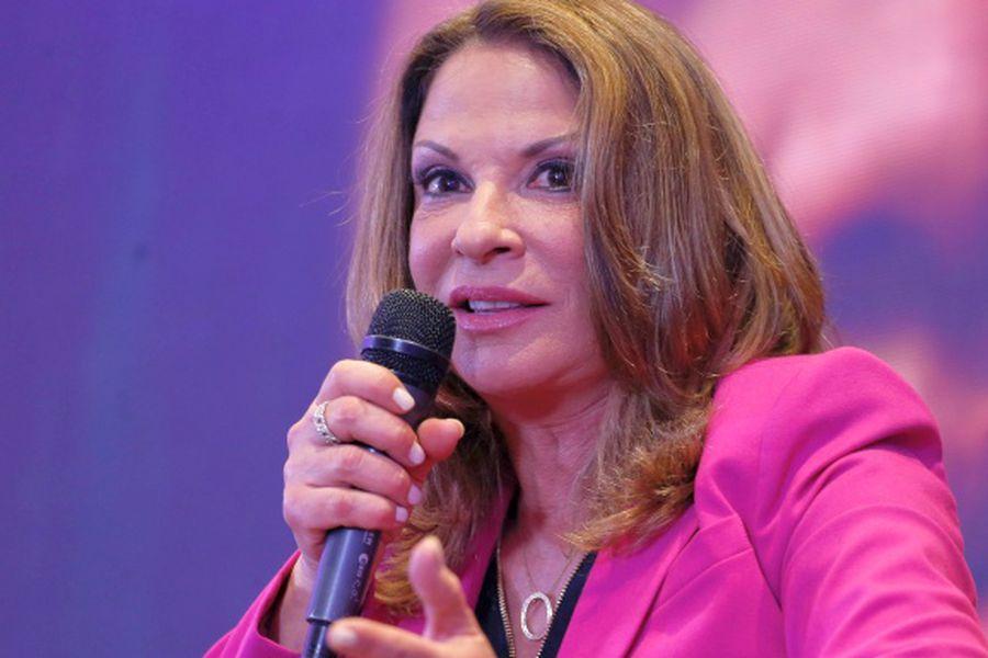 Ana María Polo