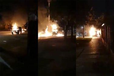 11 de septiembre  Atacan carro de Carabineros con bombas molotov