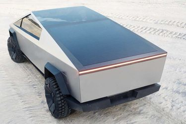 ¿Paneles solares para más autonomía en los autos eléctricos? Sí, por favor