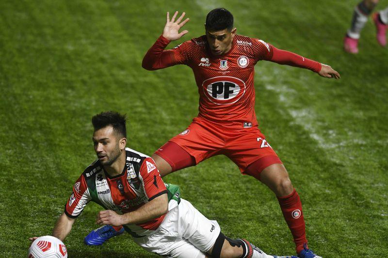 Unión La Calera enfrenta a Palestino, en el estadio Nicolás Chahuán.