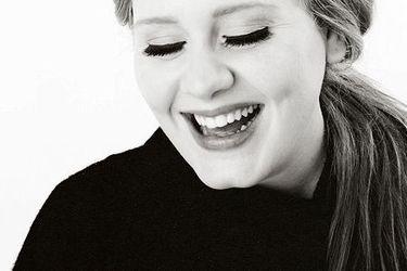 Adele tiene tres discos, 15 Grammys y un Oscar, pero lo que importa es su peso