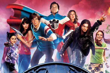 La secuela de Súper Escuela de Héroes habría llevado a los personajes a la Universidad
