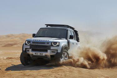 Llega en tres versiones: Land Rover libera al nuevo Defender en Chile