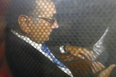 Los solitarios días de Fuente-Alba tras las rejas: El ex comandante en Jefe del Ejército cuenta con un computador en que estudia su defensa