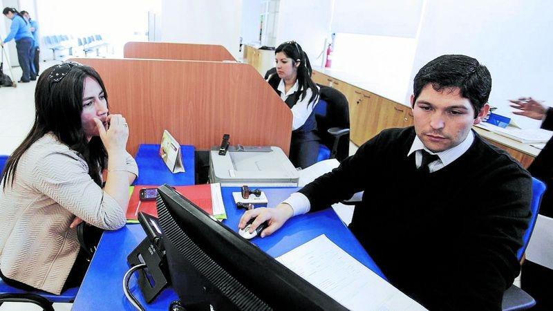 CONCEPCIÓN: Funcionarios del Registro Civil del Biobio atendieron con turno ético