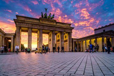 BERLIN, GERMANY - SEPTEMBER 23, 2015: Famous Brandenburger Tor (Porta di Brandeburgo), Germany