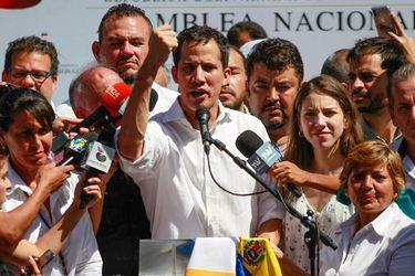 Maduro y Guaidó alcanzan acuerdo para enfrentar pandemia de coronavirus