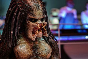 El director de 10 Cloverfield Lane dirigirá la nueva película de Depredador