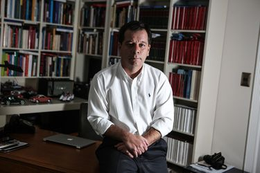 """Jorge Navarrete: """"Una declaración como la del ministro de Salud no puede sino devenir en la presentación de su renuncia"""""""