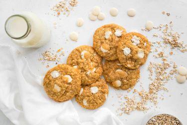 Cómo preparar galletas de avena con chocolate blanco