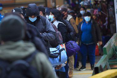 Informe epidemiológico: Casos activos de Covid-19 en el país bajan de los 10 mil por primera vez desde mayo del año pasado
