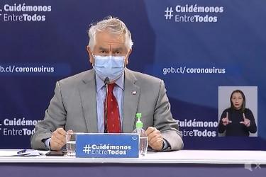 """Paris destaca que """"la mejoría continúa"""" en el país frente al coronavirus: Tasa de positividad baja al 15%, se registran 2.616 casos nuevos y total de decesos según Registro Civil superan los 7 mil"""