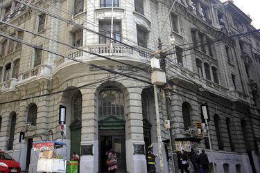 La Bolsa de Valores de Valparaíso rematará su histórico edificio en un precio mínimo de $1.800 millones.
