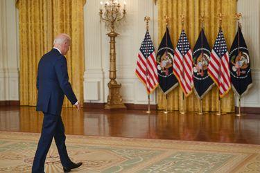 Aprobación de Biden cae al nivel más bajo durante su presidencia: 50% de los estadounidenses cuestiona gestión