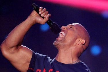 The Rock cantó para animar a sus seguidores en cuarentena