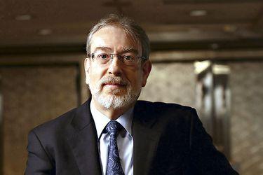 """Pablo Antolin, experto en pensiones de la OCDE: """"El Pilar Solidario es una pensión básica universal"""""""