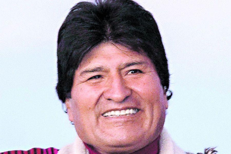 Evo Morales el líder indígena que busca prolongar el cambio en Bolivia (47075066)