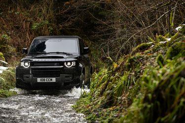 Land Rover da el zarpazo y estrena el brutal Defender V8
