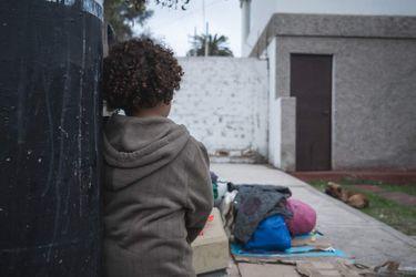 Vidas esperando al límite: Migrantes al otro lado de la concordia