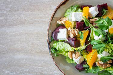 Temporada de ensaladas: utencilios, aliños y recetas
