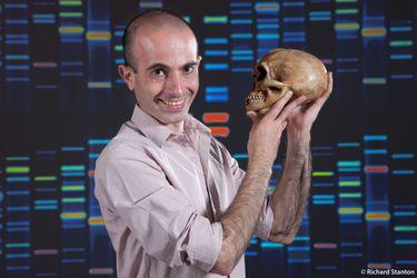 """Yuval Noah Harari y las destrezas del futuro: """"Una de las grandes batallas se va a librar entre privacidad y salud"""""""