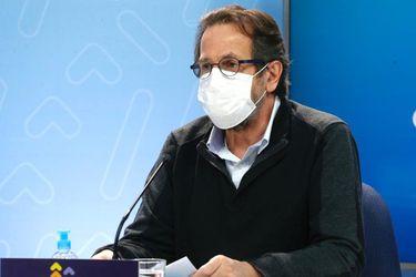 """Subsecretario Dougnac sobre las  27 camas del Barros Luco bloqueadas por paro de Fenats: """"Hay una actitud bastante negativa de este grupo"""""""