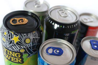 Estudio advierte que consumo de bebidas energéticas puede implicar graves riesgos para la salud cardiovascular