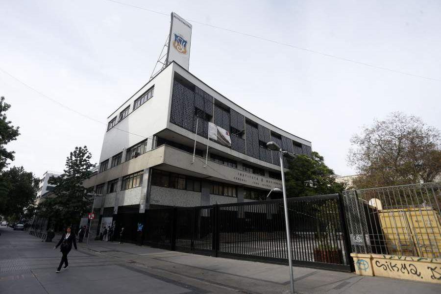 Fachada del Instituto Nacional.